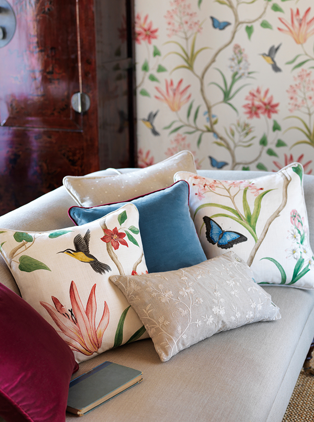 Clementine-Fabric-Cushion-Detail_lr